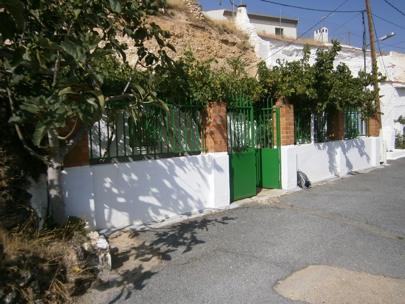 Cheap Spanish property for sale rural Andalucia Spain Cave
